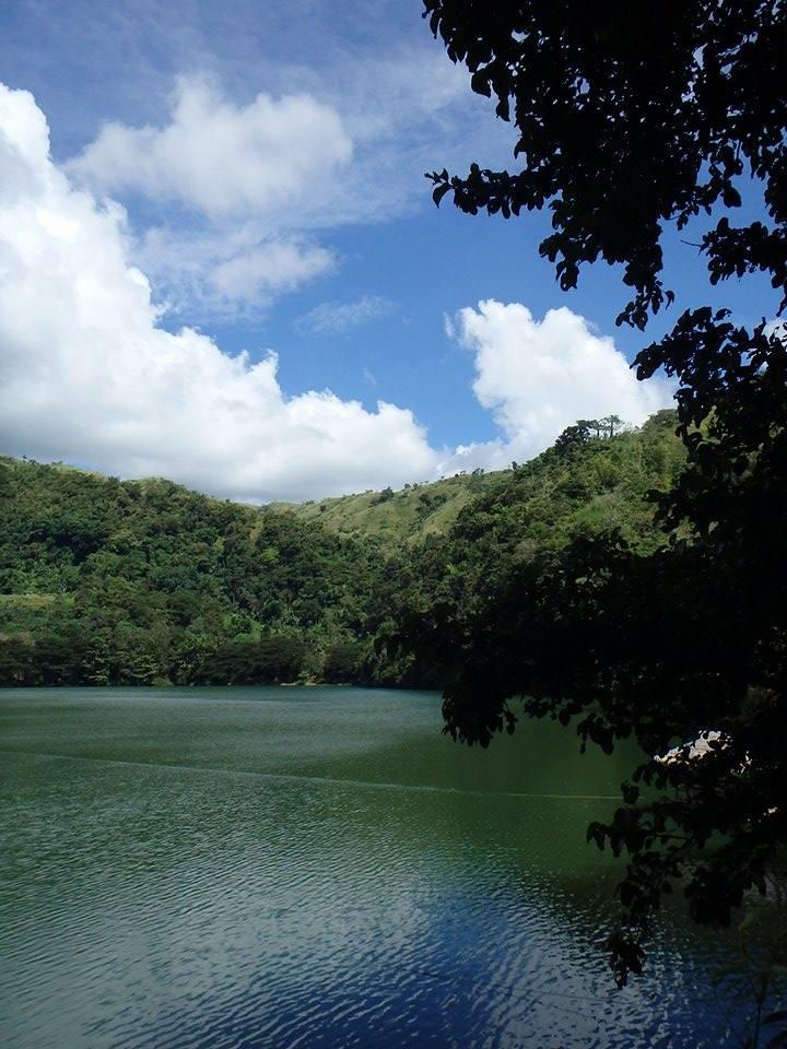 ドゥマゲッティーのお勧め観光スポット レイクバラナン(Lake Balanan)