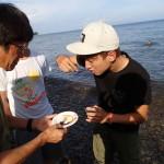 海の幸も豊かなドゥマゲッティ ウニの奇抜な食べ方動画