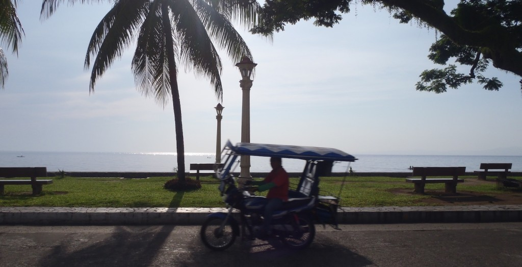 dumaguete_tricycle.