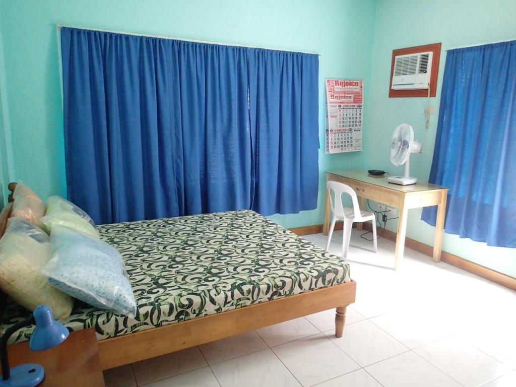 ダロのアパートベッドルーム
