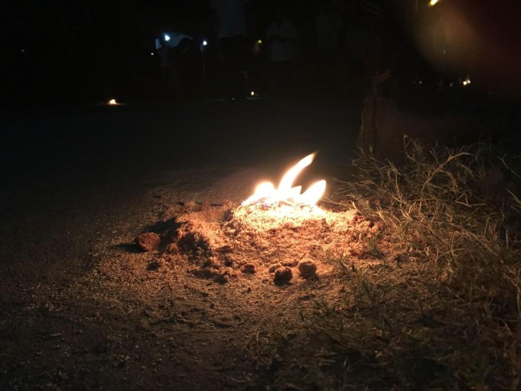 ホーリーウィークの火