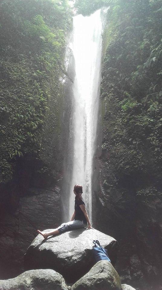 ドゥマゲッティのパワースポット、カサロロの滝