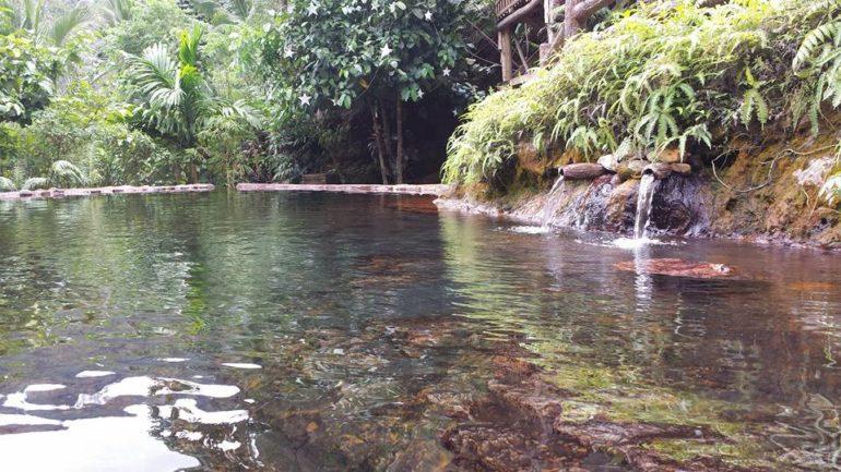 ドゥマゲッティの温泉