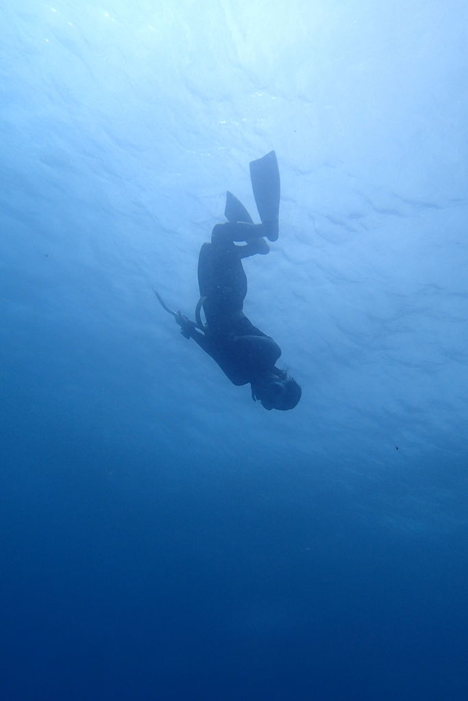 ドゥマゲッティで潜水ガール